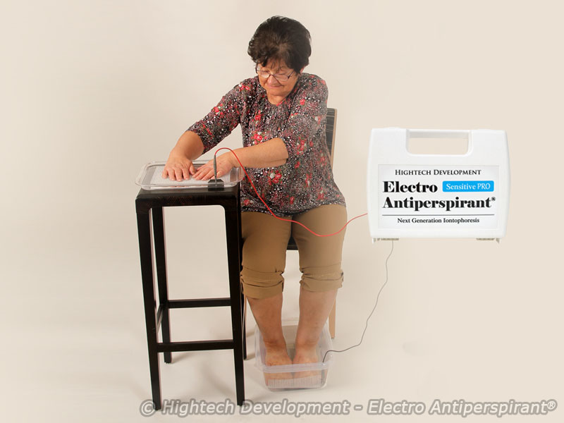 Electro Antiperspirant - Kit for simultaneous treatment of limbs